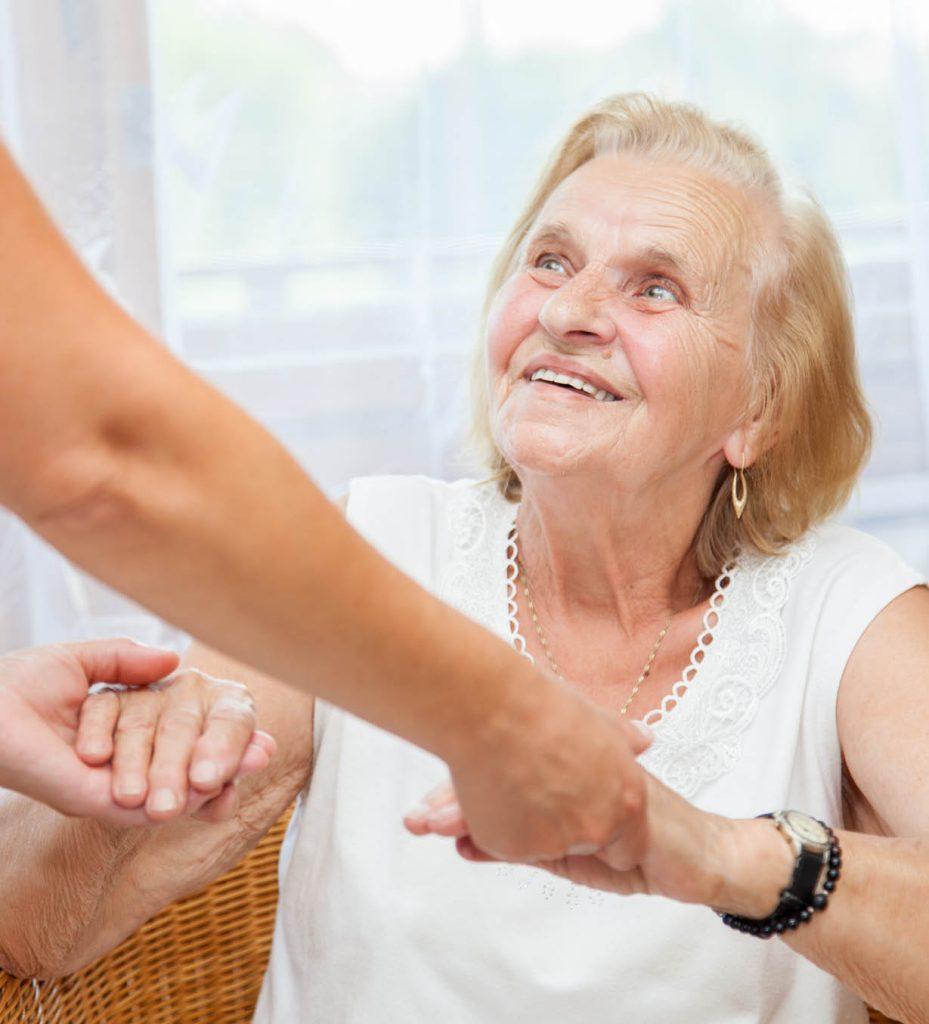 comfortkeepers-cuidados-domiciliarios-servicos-apoio-domiciliario